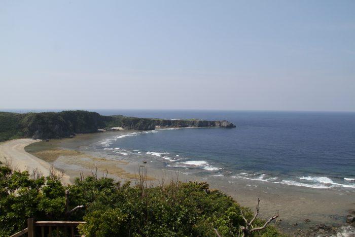 ヤンバルクイナ展望台から見る辺戸岬、これも絶景だよ!