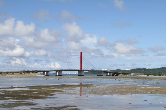 横から見ないと意外とこの橋の構造って気付かないよね。