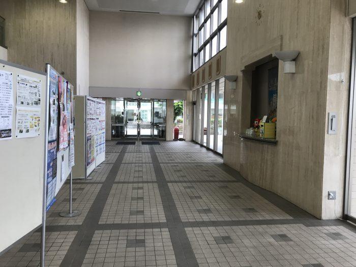 ここに展示されているはずのレプリカが、、選挙終わるまでは別室で保管されてます。。見学されたい方は参院選後で(^^;